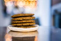 Biscuiti fragezi cu faina de in, faina de dovleac si faina de canepa (vegetarian)