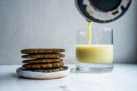 Lapte din faina rezultata dupa macinarea srotului de seminte de dovleac (vegan)